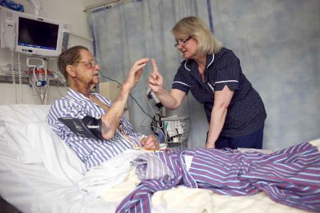 Немедикаментозное лечение инсульта ежедневные занятия